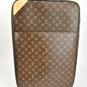 LOUIS VUITTON Pegase Legere 55 Carry-On (mu)